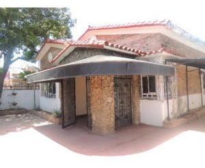 Casa Comercial En Alquiler En Maracaibo-bb.