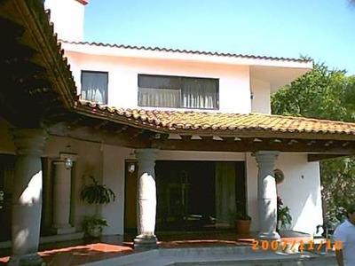 Casa Sola En Puente De Ixtla Centro / Puente De Ixtla - Caen-111-cs
