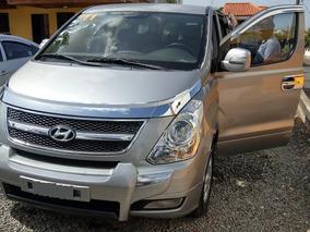 Hyundai Minibús Grand Starex Gris 2011
