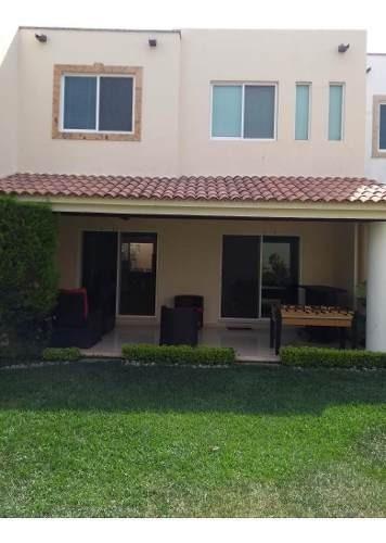 Renta Casa En Condominio Alberca 13000