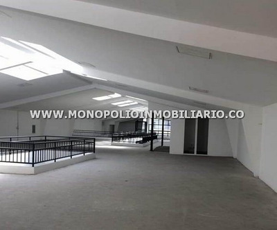 Local En Arrendamiento - Centro De La Ciudad Cod: 12099