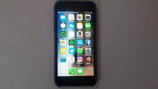 iPhone 7. 256 Gb. Color Negro. 03 Forros Como Nuevo
