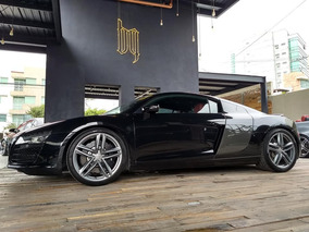 Audi R8 4.2 Coupe V8 At
