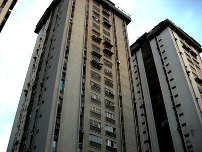 Venta De Oportunidad Apartamento De 90mts2 En Maracay.gbf