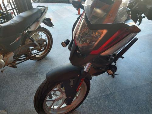 Imagem 1 de 6 de Honda Nc750x