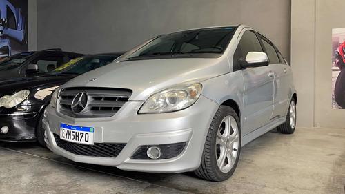 Imagem 1 de 14 de Mercedes-benz Classe B 2011 1.7 Comfort 5p