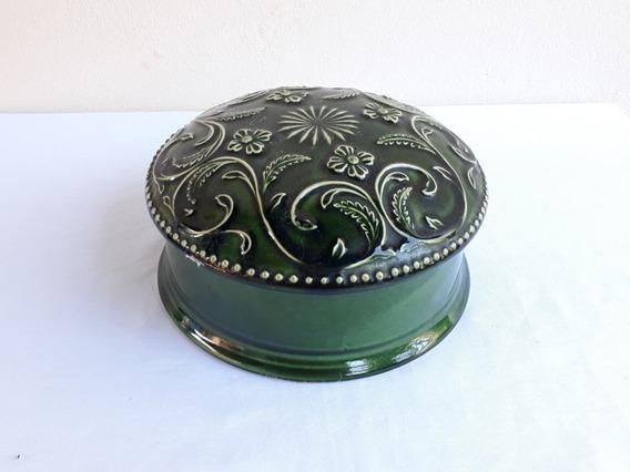 Porta Joia Em Porcelana Verde Decorada Em Alto Relevo