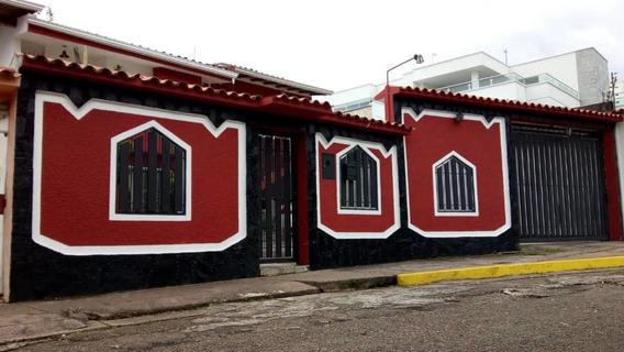 Casa Mas Apartamento En Av Ferrero Tamayo