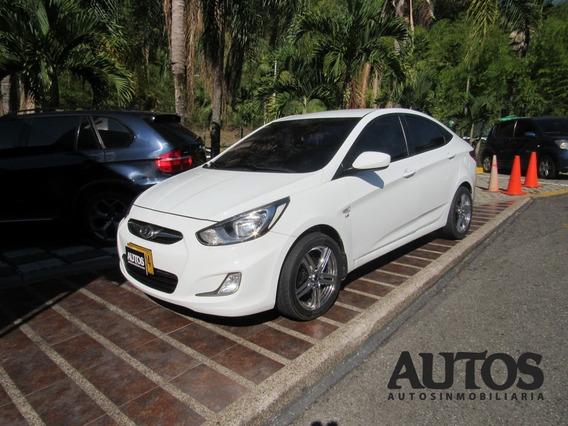 Hyundai I25 Accent Gl Mt Sedan Cc1600