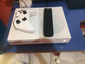 Xbox One S 500gb + 100 Jogos + Controle Multimidia