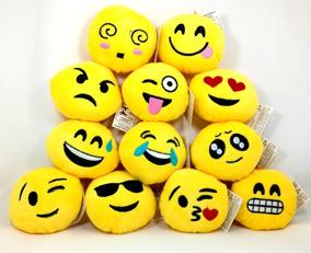 Kit 25 Pelúcia Chaveiro Emoji Smile Vending Machine
