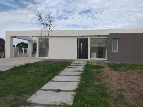 San Ramon, Pilar Del Este, Casa 3 Ambientes En Venta