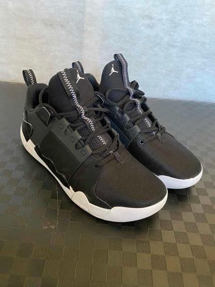 Nike Air Zoom Jordan Defy