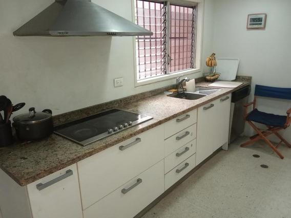 Hermoso Apartamento En La Florida Caracas Venezuela