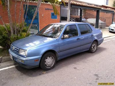 Volkswagen Vento .