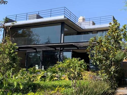 Imagen 1 de 14 de Casa De Campo Moderna, Doble Altura, Alberca Y Jardín.
