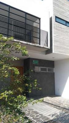 Casa En Renta En Condominiopor Mariano Otero, Zapopan