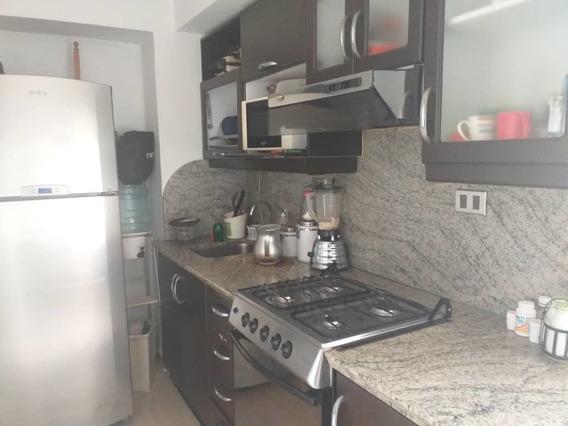 Vendo Apartamento En Urb. El Bosque 04121463664