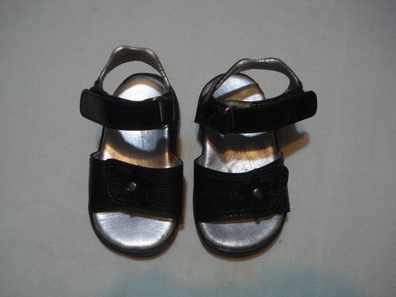 Sandalias De Nena Nº 19 Buen Estado