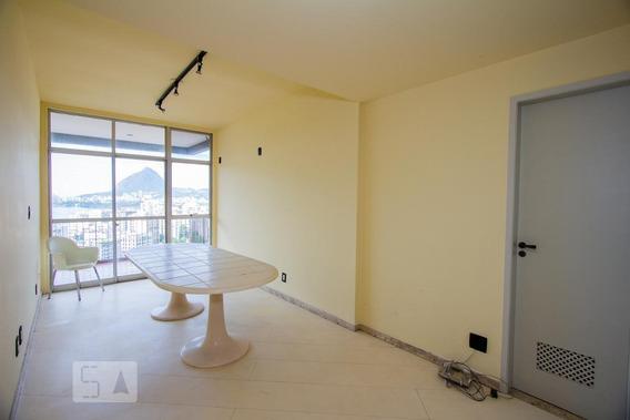 Apartamento Para Aluguel - Humaitá, 4 Quartos, 261 - 893011189