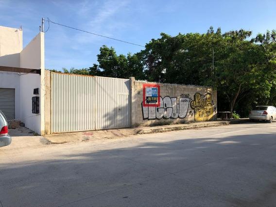 Se Renta! Terreno Bardeado, Av. Fonatur, Cancún, Q. Roo.