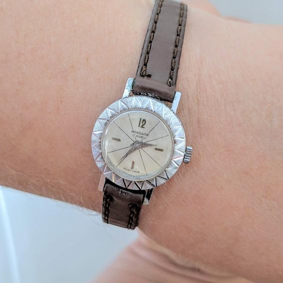 Relógio Feminino Mondaine Suisso À Corda