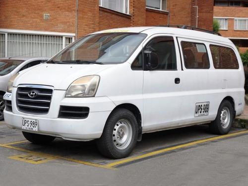 Microbus Hyundai Starex