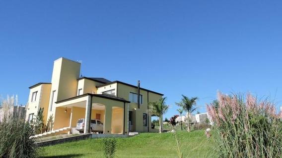 Hermosa Casa En Country Loma Linda