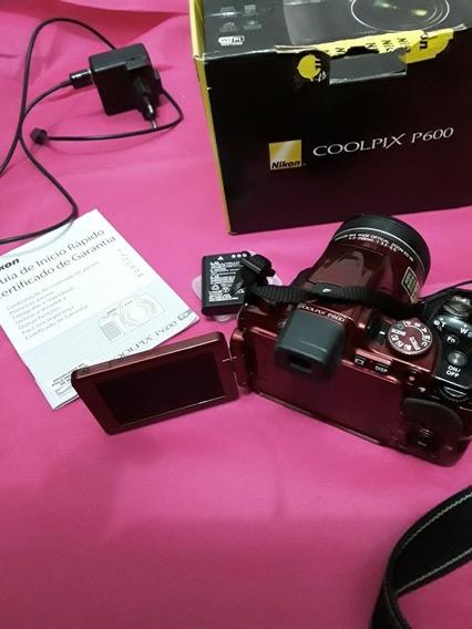 CâmeraNikon Coolpix P600