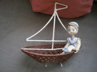 Marinerito En Su Bote De Vela Antiguedad Decorativa
