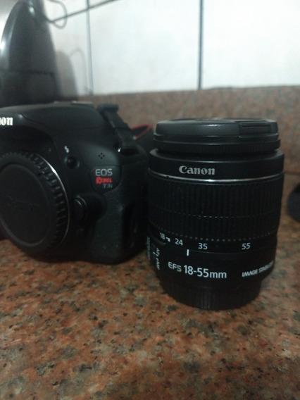 Câmera Canon T3i Rebel