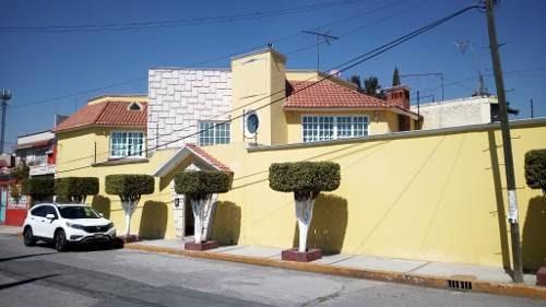 Lujosa Y Espaciosa Residencia En Jardines De Morelos, Ecatepec