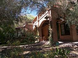 Casa, Hostería 9 Habitaciones, 10 Baños, 2 Cocinas, Camas