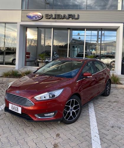 Ford Focus Titanium 2.0 At