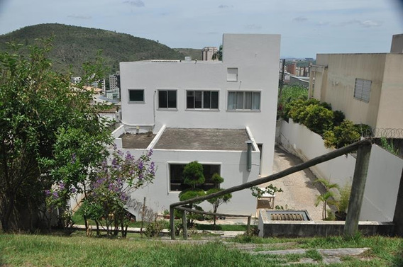 Casa Com 3 Quartos Para Comprar No Mangabeiras Em Belo Horizonte/mg - 7752