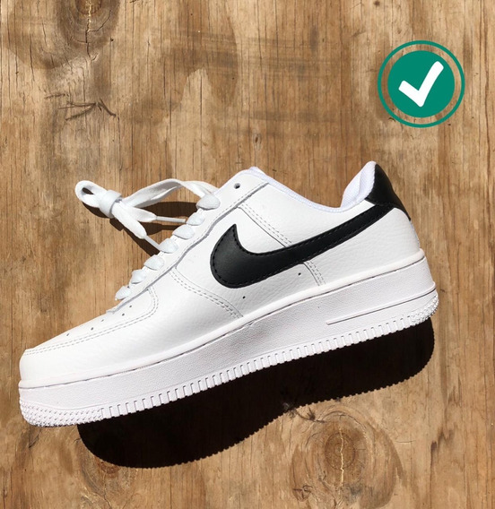 Nike Air Force One Blanca Pipa Negra