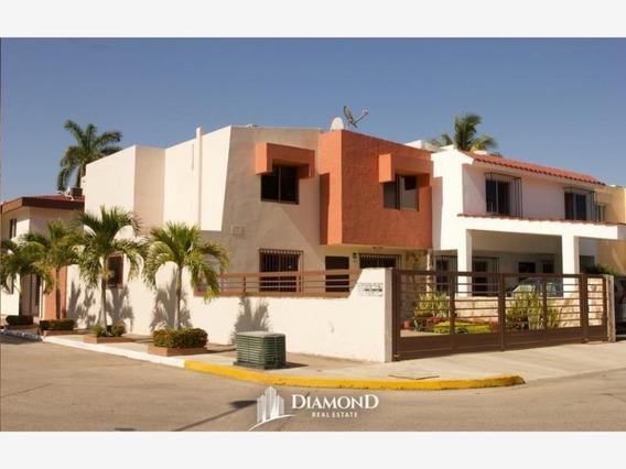 Casa Sola En Venta Alameda Cerca De Playas Y Estadio