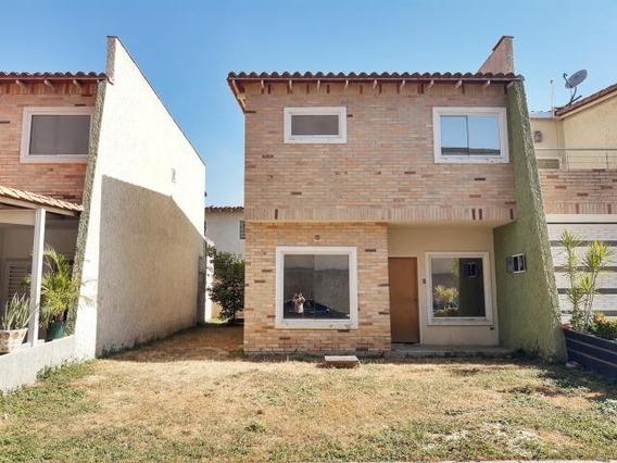 20-10642 Tonwhouse En Venta Urb Karol Home Maracay/ Wjo