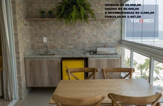 Entrada R$ 50.000,00+chaves R$ 50.000,00+9 Intermediarias R$ 9.000,00+parcelas R$ 2.407,50 - Ap3249
