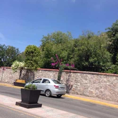 Terreno Corregidora Qro. Se Ubica En Avenida Don Bosco