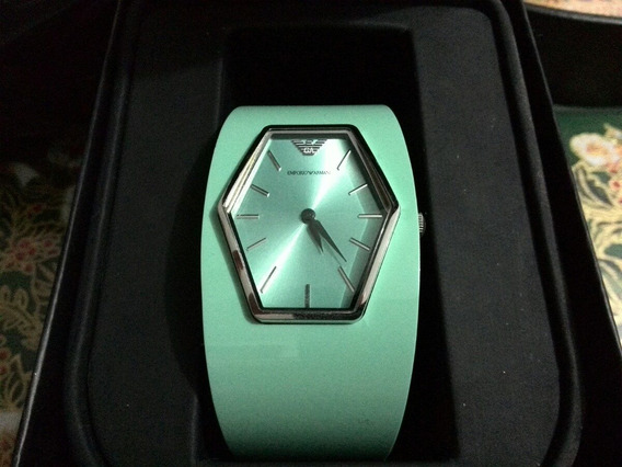 Exclusivo Reloj Bracalete Emporio Armani Dama