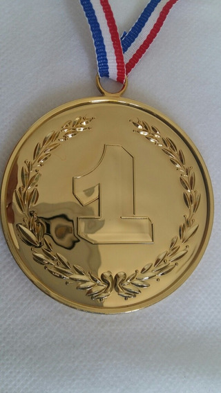 Premio Medalla Dorada Grande