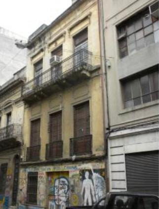 Local Sobre La Calle Parana 286 M2