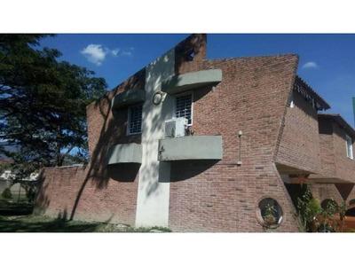 Excelente Y Exclusiva Villa Semiamoblada