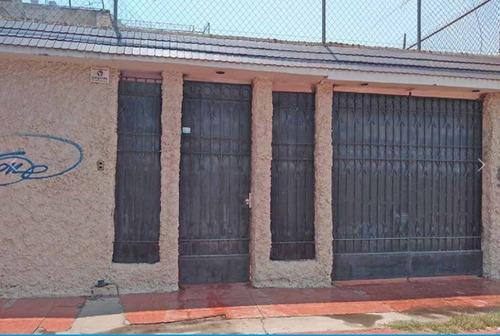 Imagen 1 de 13 de Jardines De Celaya, Casa En Venta, Celaya, Guanajuato