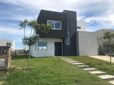 Casa A Estrenar En Nordelta Barrio Castaños