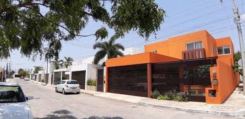 Renta Montebello En Esquina