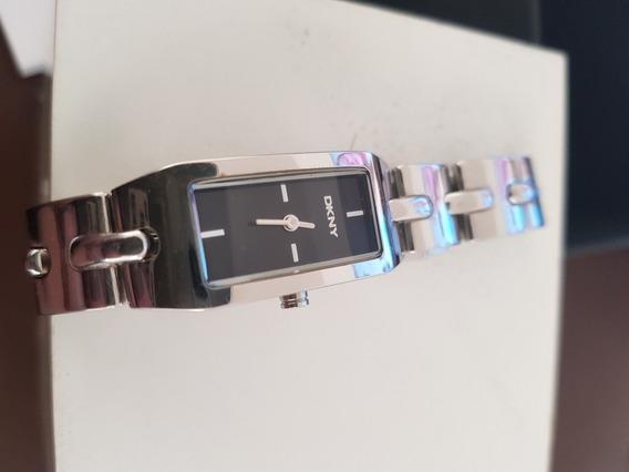 Relógio Dkny Original, Feminino, Pequeno, Usado Uma Vez.