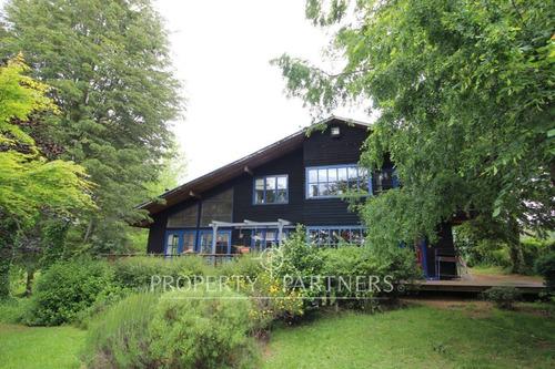 Imagen 1 de 14 de Casa Con Maravilloso Entorno A Pocos Minutos De Temuco