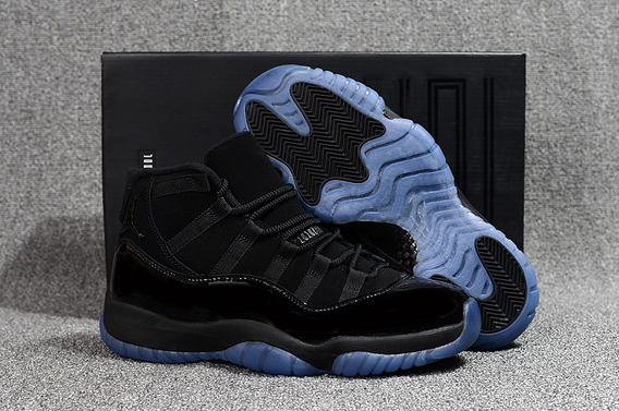 Tênis Nike Air Jordan 11 Retro Cap And Gown